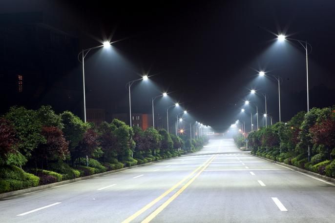 уличное освещение светодиодными лампами